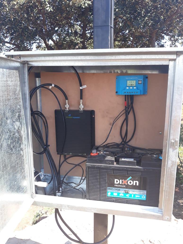 Outdoor Signal Booster Installs 4