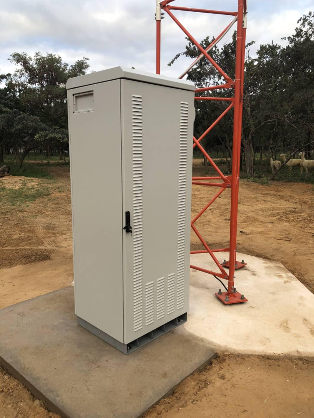 Outdoor Signal Booster Installs 2